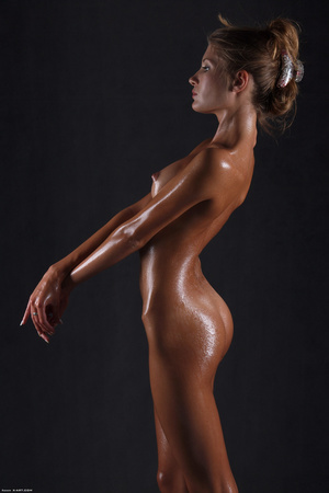 Awesome erotic cutie witj oiled up perfe - XXX Dessert - Picture 14