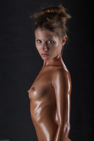 Awesome erotic cutie witj oiled up perfe - XXX Dessert - Picture 15