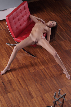 Erotic striptease on the red chair Brune - XXX Dessert - Picture 3