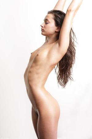 Slim brunette Georgia doing yoga nude - XXX Dessert - Picture 4