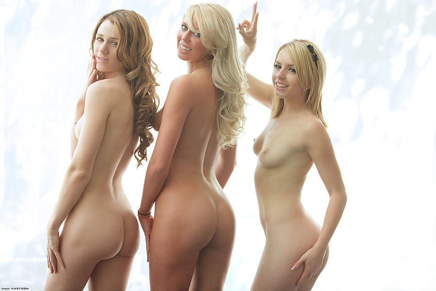 Wife nude tease friends