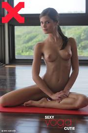 slim body erotic brunette