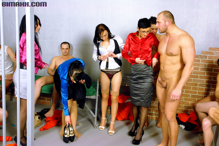 Imprisoned busty girs and handsome hunks wh - XXX Dessert - Picture 16