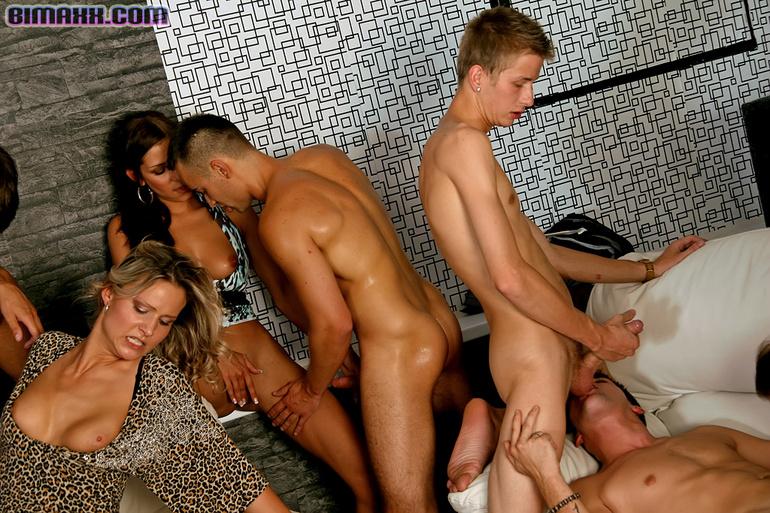 Blonde blow job wmv