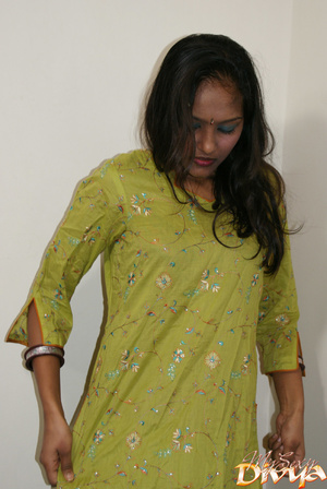 Beautiful face indian girlfriend slowly  - XXX Dessert - Picture 2