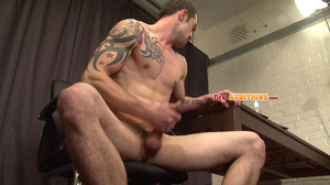 Itchy butt hole gay stud exposing his we - XXX Dessert - Picture 19