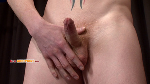 Tight butt hole gay dude posing nude on  - XXX Dessert - Picture 15