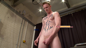 Tight butt hole gay dude posing nude on  - XXX Dessert - Picture 18