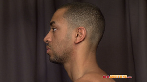 Muscular ebony gay proudly exposing his  - XXX Dessert - Picture 5