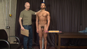 Muscular ebony gay proudly exposing his  - XXX Dessert - Picture 6