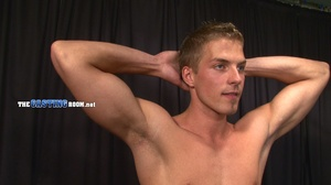 Young and well-hung gay dude sitting nak - XXX Dessert - Picture 8