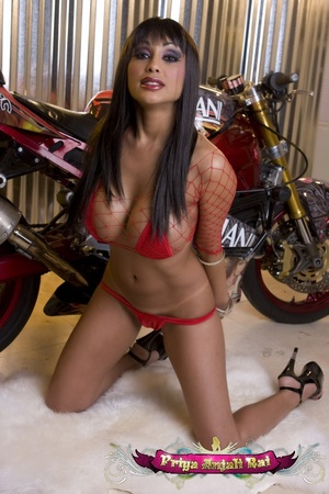Intend to drive your Indian sex bike int - XXX Dessert - Picture 3