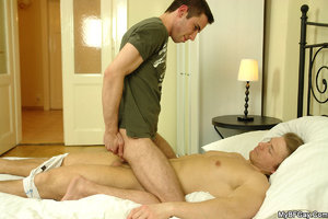 Sex starving young gay hunk awakenes his - XXX Dessert - Picture 10