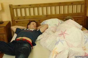 Sleeping nude gay hunk can't believe his - XXX Dessert - Picture 4