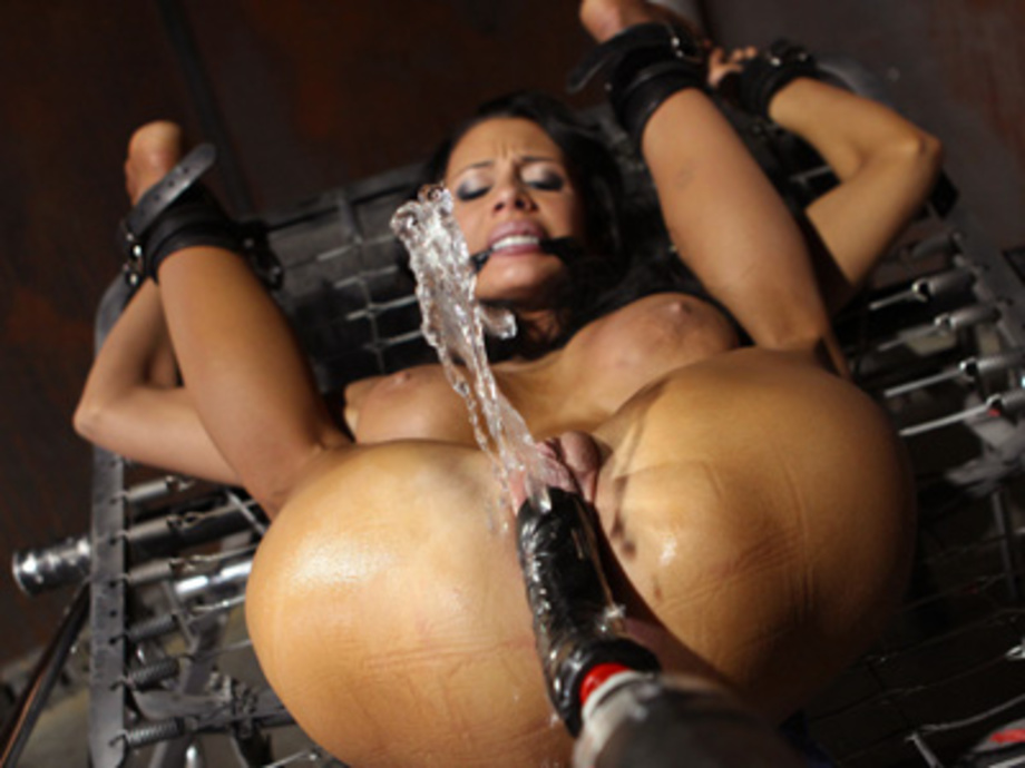 Ebony Dildo Riding Squirt