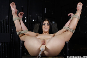 Slut in a suit case wants to be torured  - XXX Dessert - Picture 9