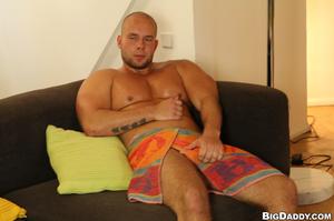 Muscular balf gay gets his ass hole fing - XXX Dessert - Picture 1