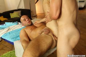 Muscular balf gay gets his ass hole fing - XXX Dessert - Picture 8