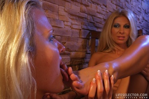 Blonde reality mistress with strapon hum - XXX Dessert - Picture 6