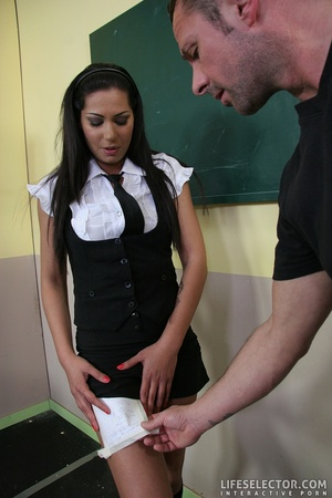 Tricky young college girl gets bondaged  - XXX Dessert - Picture 15