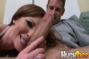 Gonger bitch takes huge pecker into her  - XXX Dessert - Picture 3