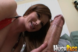 Gonger bitch takes huge pecker into her  - XXX Dessert - Picture 5