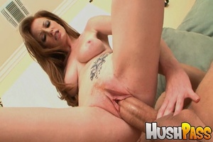 Gonger bitch takes huge pecker into her  - XXX Dessert - Picture 13