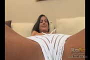small-titted chavala sabor enormous