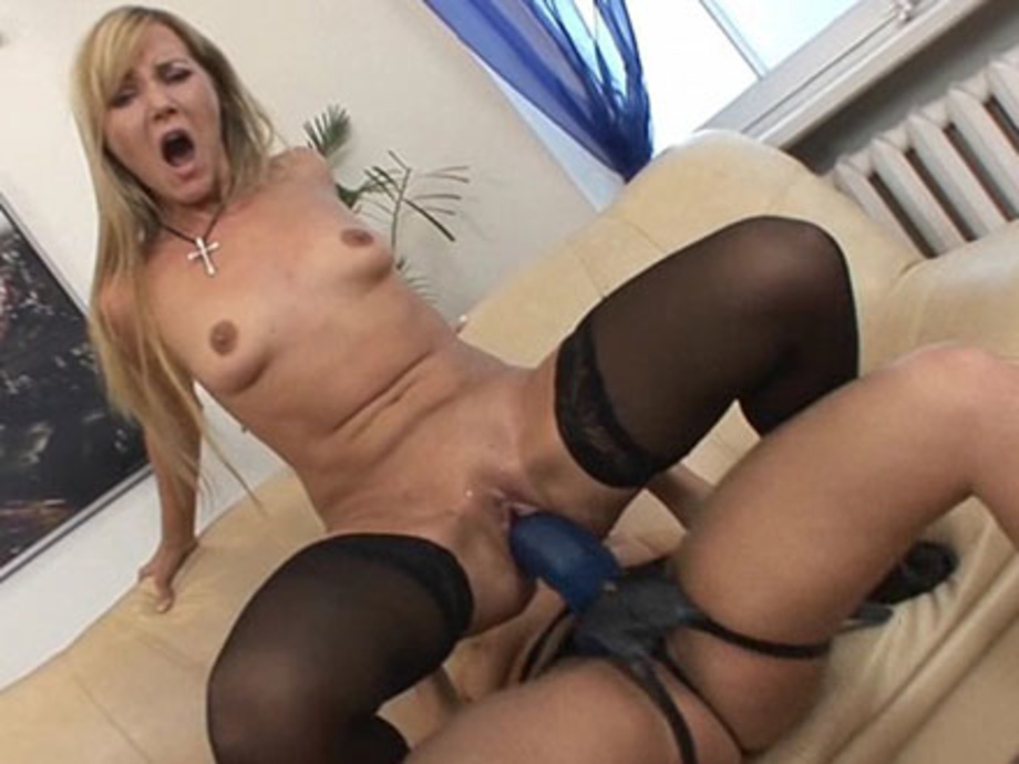 Huge tits stockings porn-2836