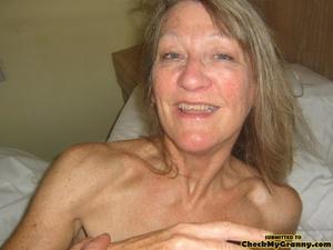Blonde amateur granny gets her face cum  - XXX Dessert - Picture 2