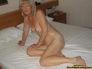 Blonde amateur granny gets her face cum  - XXX Dessert - Picture 14