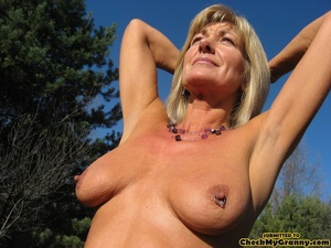Mature blonde housewife in tight black s - XXX Dessert - Picture 12