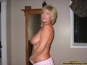 Mature blonde housewife in tight black s - XXX Dessert - Picture 14