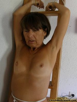 Homemade pics of brunette granny in coat - XXX Dessert - Picture 14