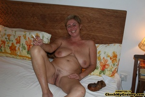 Fat mature housewife with enormous breas - XXX Dessert - Picture 13