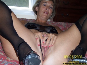 Cum hungry blonde granny in sexy black l - XXX Dessert - Picture 9