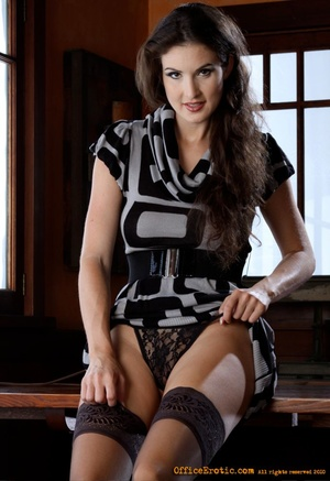 Hot brunette in black stockings gets nak - XXX Dessert - Picture 7