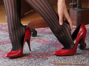 Hot secretary in pantyhose and red high  - XXX Dessert - Picture 8