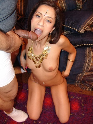 Indian Girl Showing Small Boobs - XXX Dessert - Picture 16
