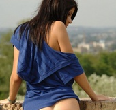 Erotic indian stunner taking off her blue outfit covering her gorgeous