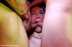 Round booty asian girl received cash aft - XXX Dessert - Picture 5