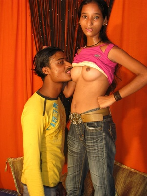 Indian Girl Blowjob And Doggystyle Fucke - XXX Dessert - Picture 1