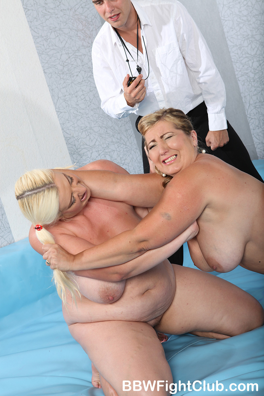 two bbw with their huge bodies oiled fuckin - xxx dessert - picture 6