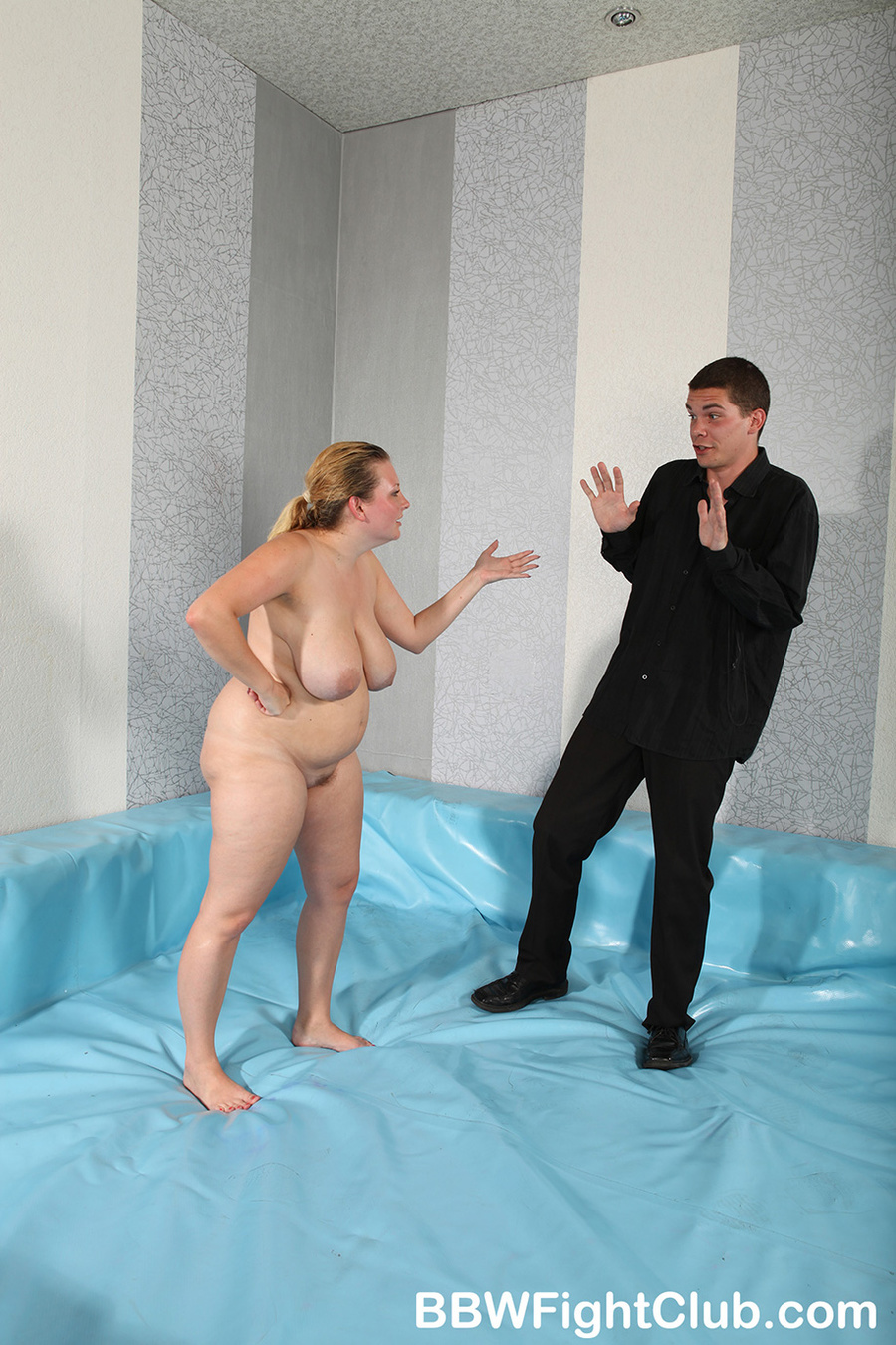 Angry chubby chicks with oiled body don't a - XXX Dessert - Picture 11