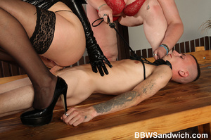 Two fat mistresses in latex enslaves a g - XXX Dessert - Picture 9