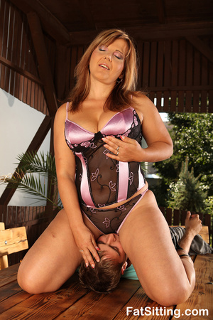 Chubby bitch in sexy lingerie sitting on - XXX Dessert - Picture 4