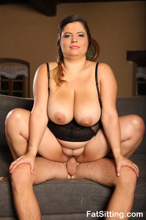 Hot chubby chick in sexy black lingerie  - XXX Dessert - Picture 14