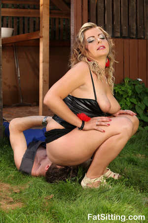 Hot chubby slut in sexy latex lingerie m - XXX Dessert - Picture 8