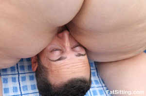Poor dude can't breathe having a huge bo - XXX Dessert - Picture 8
