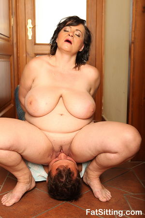 Brunette fatty sits on dude face before  - XXX Dessert - Picture 8